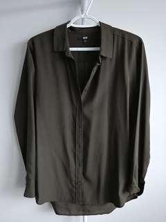 Olive green blouse (Uniqlo wrinkle free)