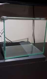 Temper glass fish tank