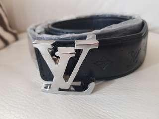 Loui vuitton Belt unisex 1.1m long