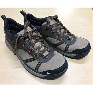 mens hiking waterproof shoes