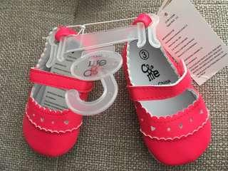 Baby girl Charlie & Me shoes size 3