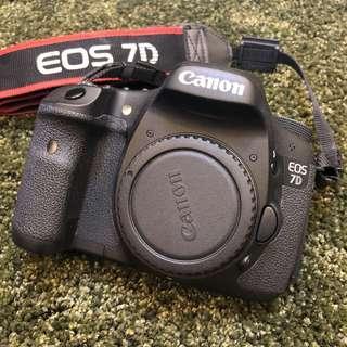 🚚 【二手單眼相機】Canon EOS 7D 單機身 APS-C 水貨 過保 有盒有單