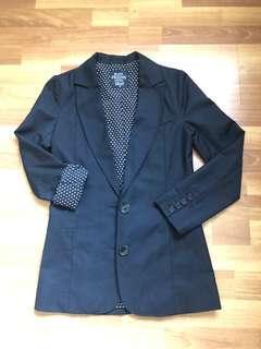 Dangerfield suit size6Au