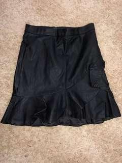 Black frill leather skirt