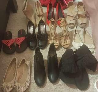 Size 7 size 6 bulk shoes 5-20 $$