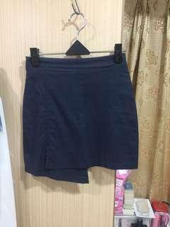 🚚 深藍短裙