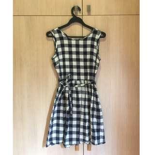🚚 Dark Blue & White Checkered Dress with Cross-Strap Detail