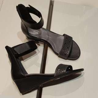 New - Rockport angkle strp