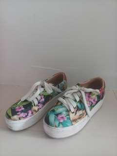 Shoes Flatform size 5
