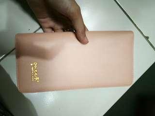 Dompet wanita