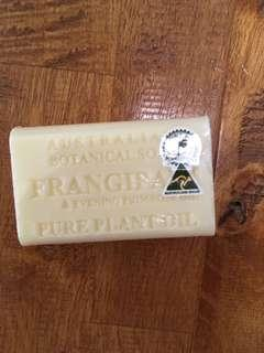 frangipani soap