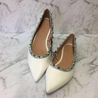 Brand New Valentino Inspired White Rockstud Flats