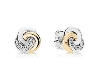 PANDORA Interlinked Circles Earring studs