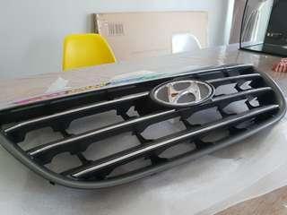 Hyundai avante front grill