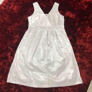 White dress uk12 Size L