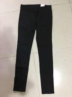 葵涌廣場購入 韓貨 全黑牛仔褲