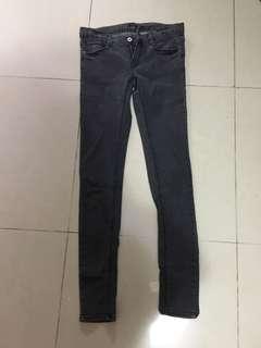 葵涌廣場購入 韓貨 鐵灰色牛仔褲