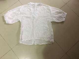 葵涌廣場購入 白色碎花花上衣