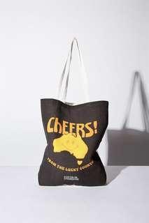 🚚 澳洲Cotton On環保♻️帆布背袋/書袋/側背袋/提袋 -Cheers :)