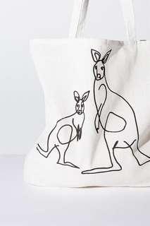 🚚 澳洲Cotton On環保♻️帆布背袋/書袋/側背袋/提袋 -Kangaroo🦘🦘