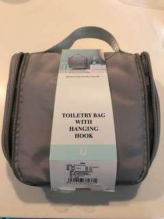 Toiletry Bag With Hanging Hook