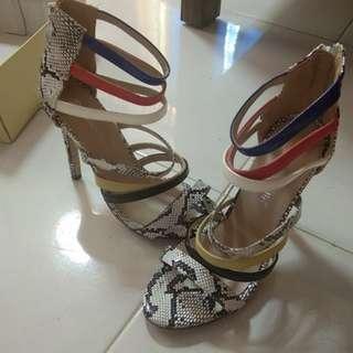 High heels import / steve madden / party heel / valentino / pedro / fabian ricco / ck / heatwave / summit