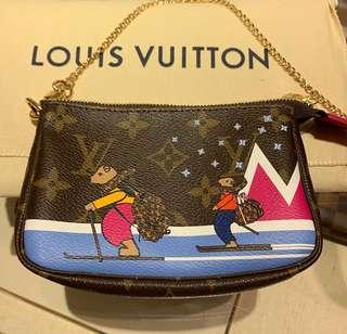 Louis Vuitton Pochette 2018 Christmas Animation Limited Edition