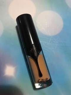 Kat Von D lock-it concealer creme