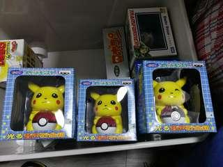 Pokémon 寵物小精靈 寶可夢 景品 發光發聲錢罌 一套2款 共3個 (未開封 有重覆)