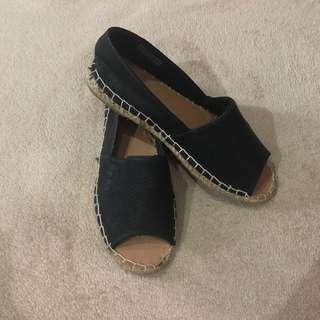 RUBI By ZALORA peep toe shoes