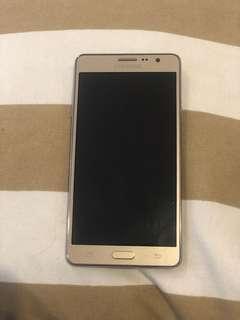 Samsung's Galaxy On7 SM-G6000