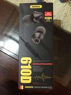 🚚 Remax耳機 耳塞式 610D