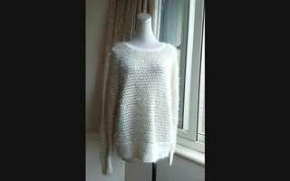 🚚 XING 圓領金線編織毛衣