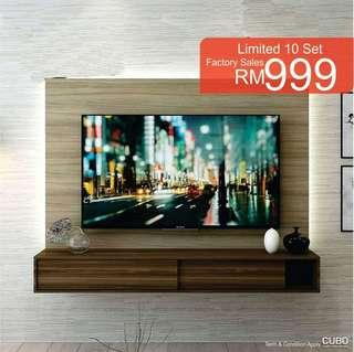 Cubo tv cabinet