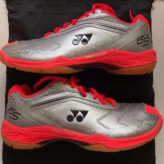 BNWT Yonex SHB65EX Silver/Red Court Shoes (25.5CM/ US7.5/ UK7/ EUR40)