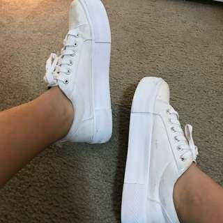 H&m low cut platform sneakers