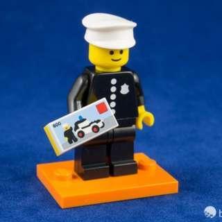 全新未砌 連包裝袋底座說明書 罕有款 LEGO Minifigures Series 18 No. 08 Classic Police Officer