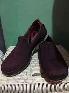 Skechers go flex burgundy