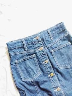 🌺 Denim Button down Skirt (With Slit)