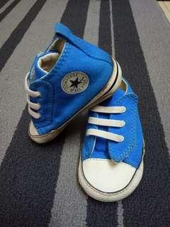 Baby Shoes Converse uk4 Preloved