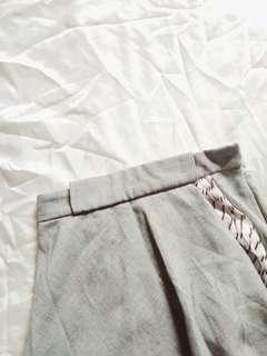 🌺 Asymmetrical Gray Skirt