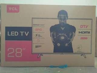 """TCL 28""""LED TV"""