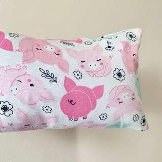🌈 Bean Sprout Husk Pillow / Beanie Pillow ( 100% Handmade ) Jersey Cotton , Premium Quality!) size 15 x 40cm oink oink , pig piglet 🐷
