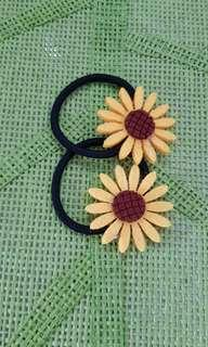 Sunflower hairbands & hairclips $0.50 each