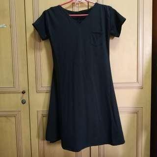 Black V Neck skater dress / shirt dress