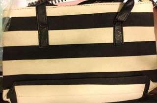 日本雜誌袋 黑白 條紋 手袋 black and white strip tote bag