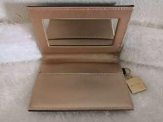 MAQUILLAGE Card Holder with Mirror