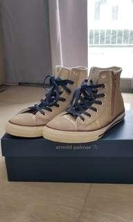 Converse Shoes highcut  boots sneakers BN
