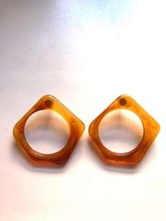 Tortoise acrylic shell brown hoop earrings
