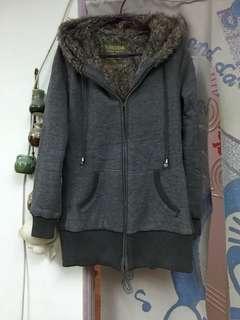 🚚 灰色鋪毛長版外套